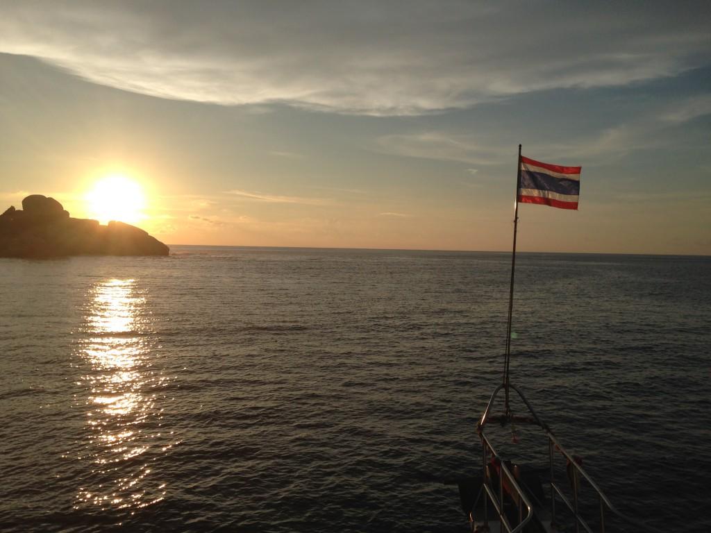 美しいサンセット@シミラン諸島4番